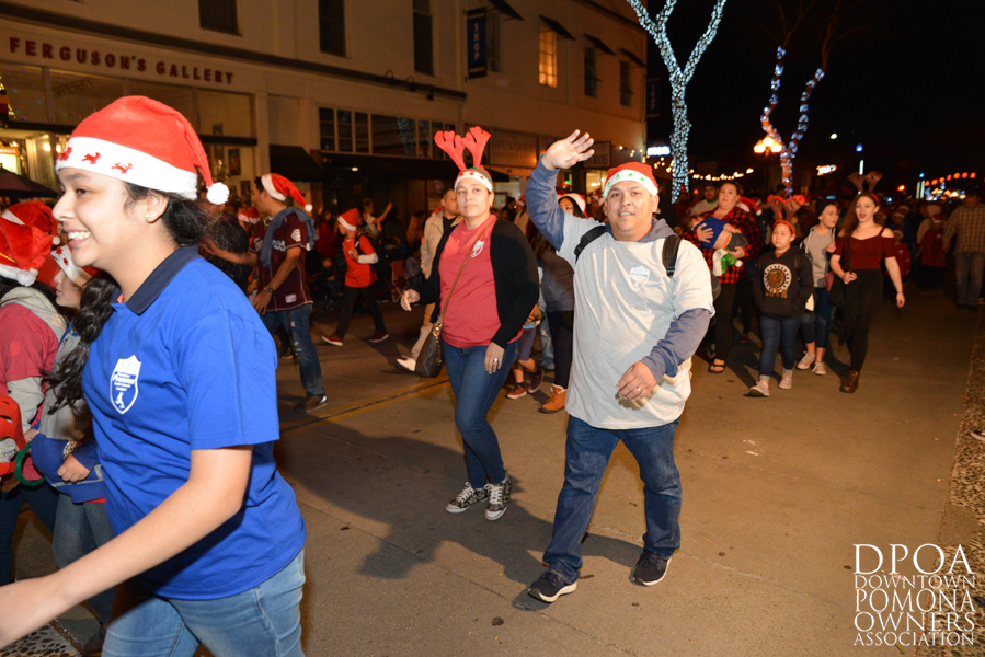 Pomona Christmas Parade 2017DSC_8710 copy.jpg