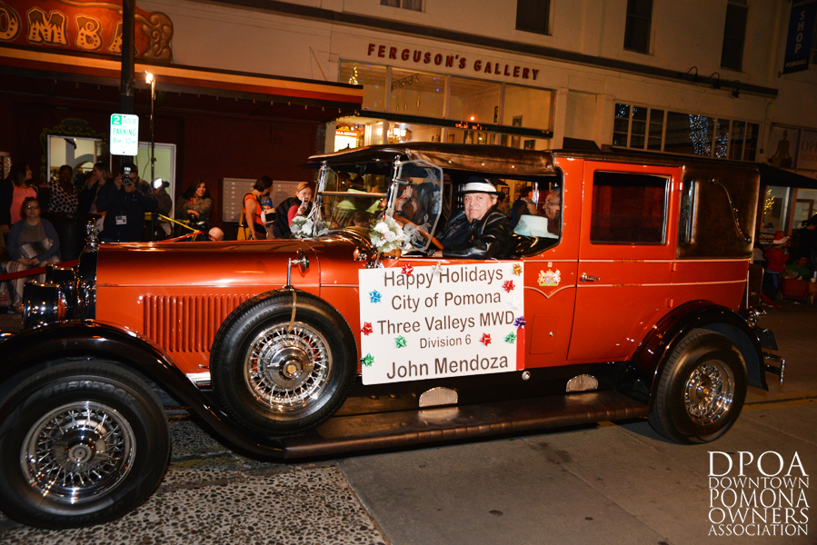 Pomona Christmas Parade 2017DSC_8729 copy.jpg