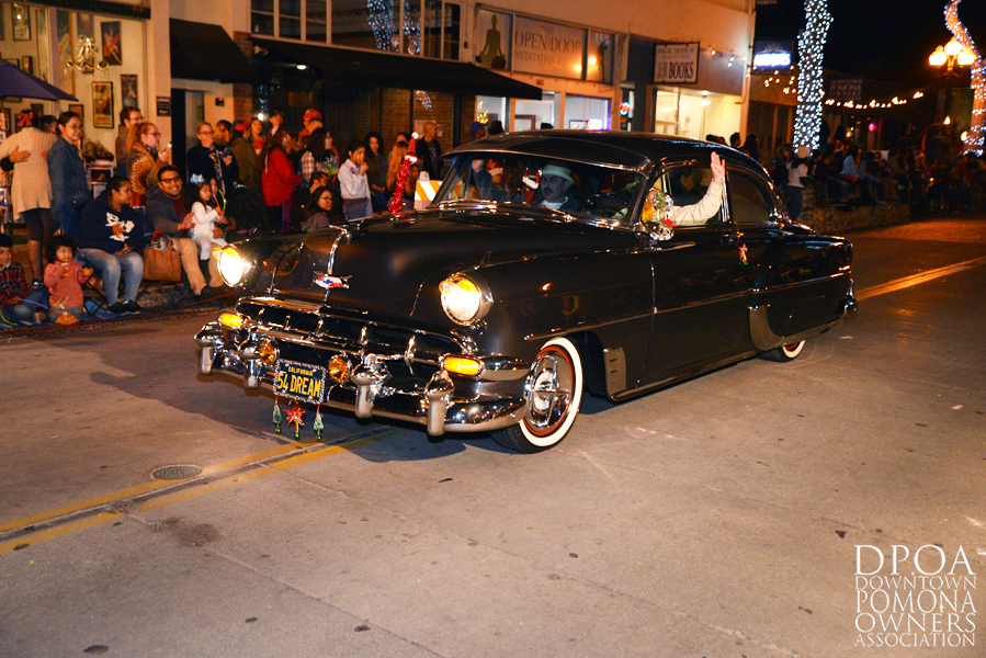 Pomona Christmas Parade 2017DSC_8740 copy.jpg