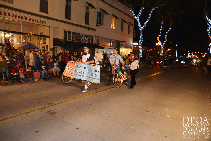 Pomona Christmas Parade 2017DSC_8745 copy.jpg