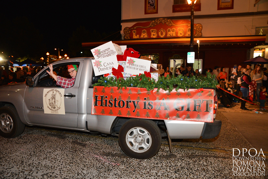 Pomona Christmas Parade 2017DSC_8765 copy.jpg
