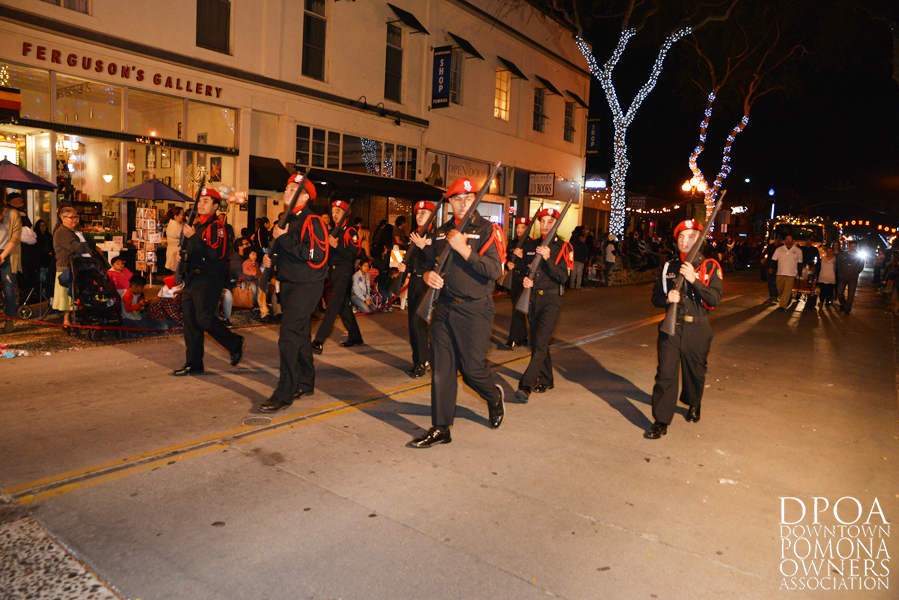 Pomona Christmas Parade 2017DSC_8771 copy.jpg