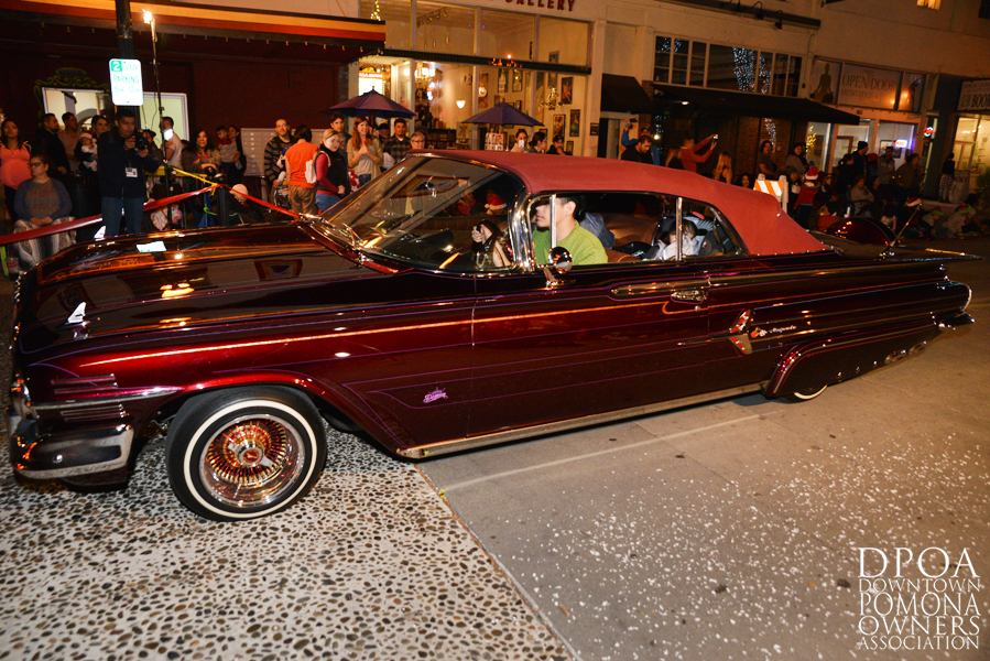 Pomona Christmas Parade 2017DSC_8795 copy.jpg