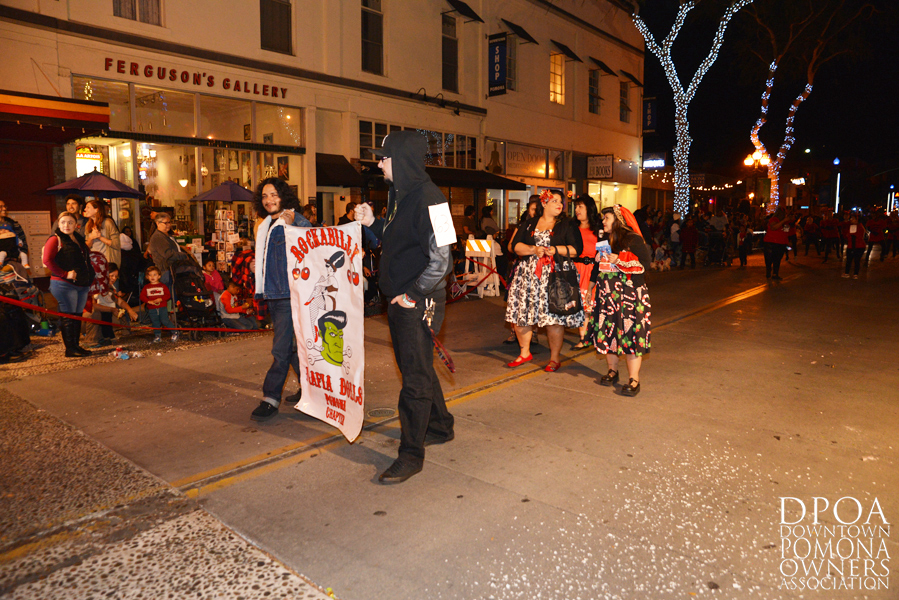 Pomona Christmas Parade 2017DSC_8805 copy.jpg