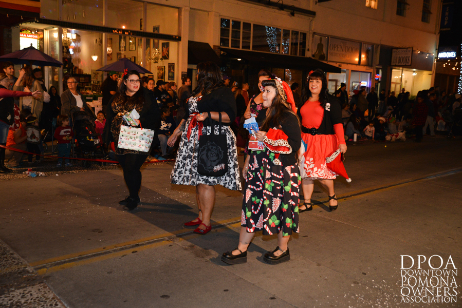 Pomona Christmas Parade 2017DSC_8806 copy.jpg