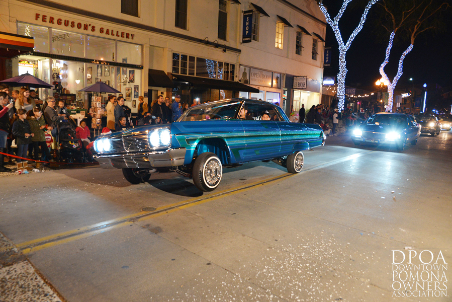 Pomona Christmas Parade 2017DSC_8827 copy.jpg