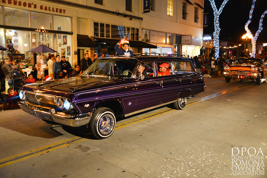 Pomona Christmas Parade 2017DSC_8846 copy.jpg
