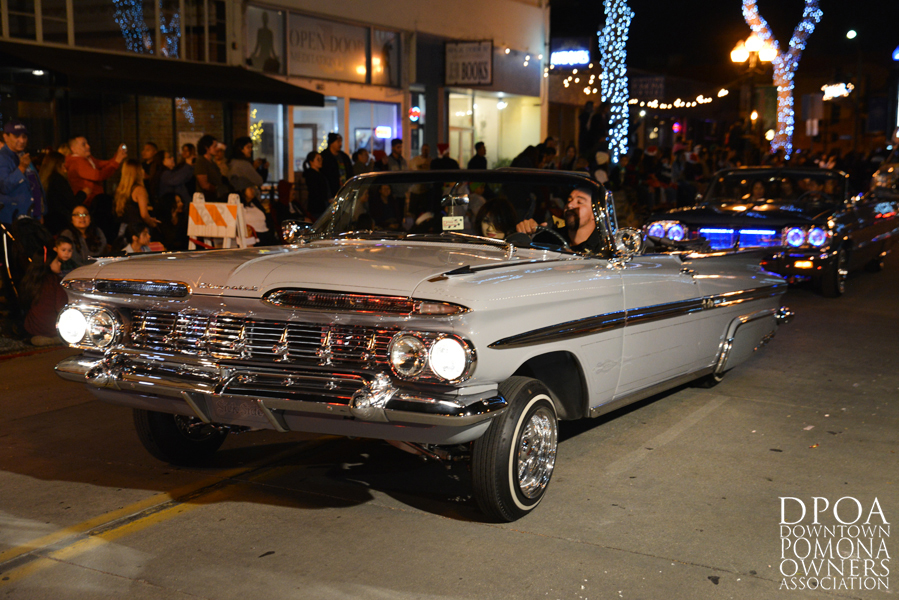 Pomona Christmas Parade 2017DSC_8855 copy.jpg