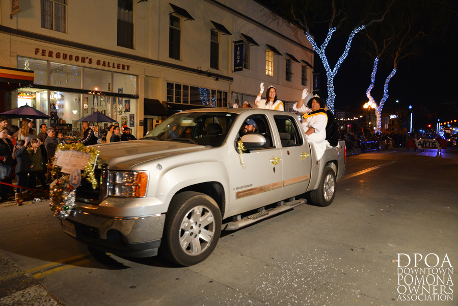 Pomona Christmas Parade 2017DSC_8859 copy.jpg