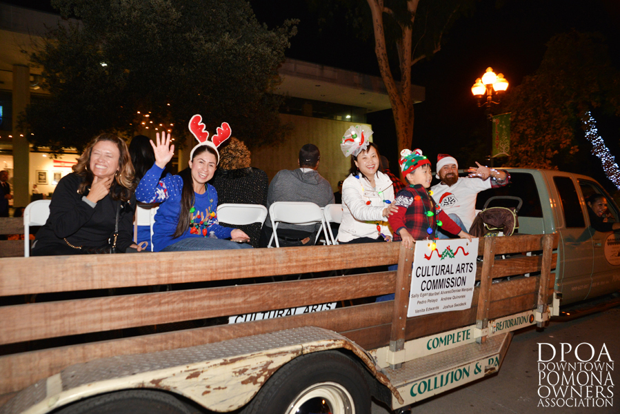 Pomona Christmas Parade 2017DSC_8904 copy.jpg