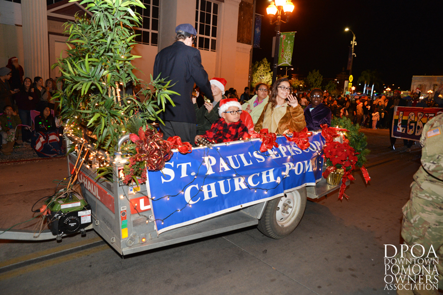 Pomona Christmas Parade 2017DSC_8907 copy.jpg