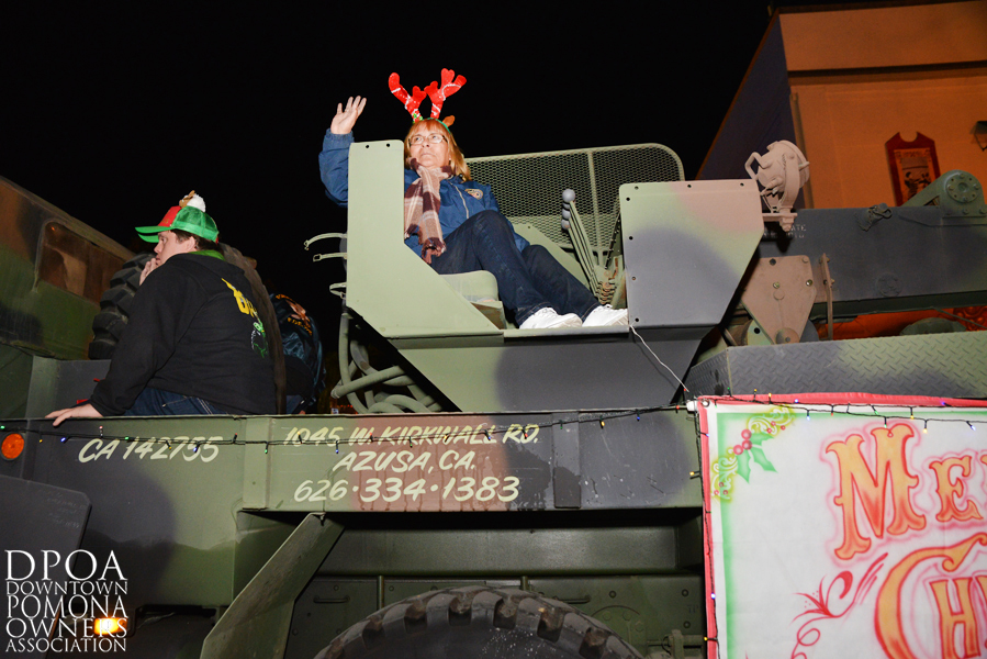 Pomona Christmas Parade 2017DSC_8933 copy.jpg