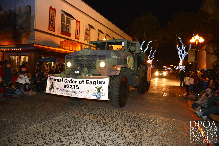 Pomona Christmas Parade 2017DSC_8931 copy.jpg