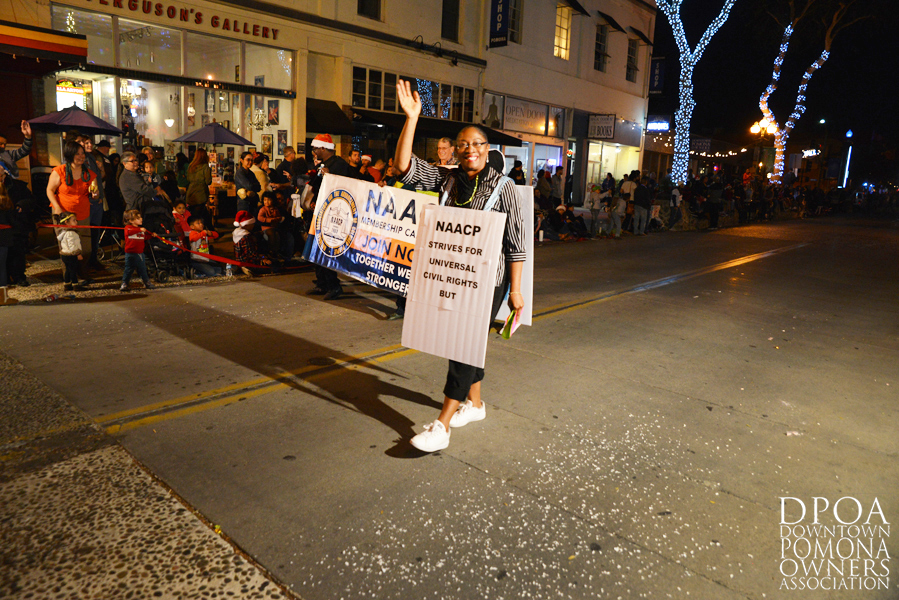 Pomona Christmas Parade 2017DSC_8954 copy.jpg