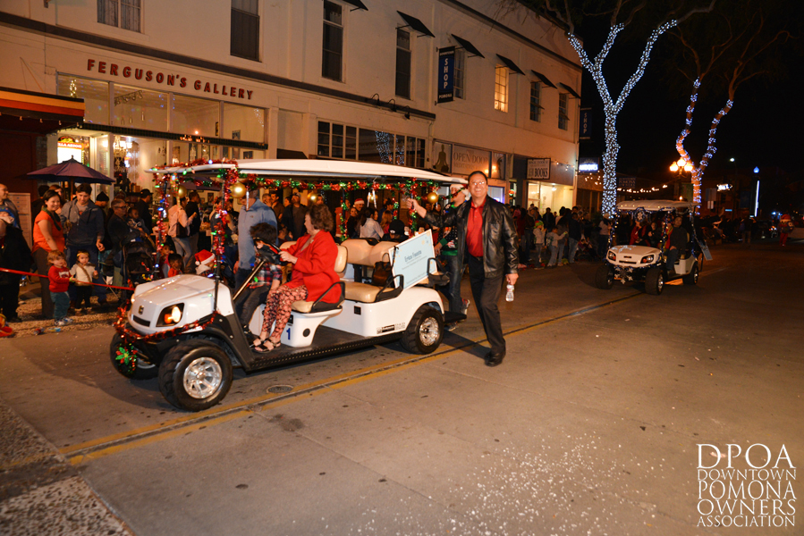 Pomona Christmas Parade 2017DSC_8991 copy.jpg