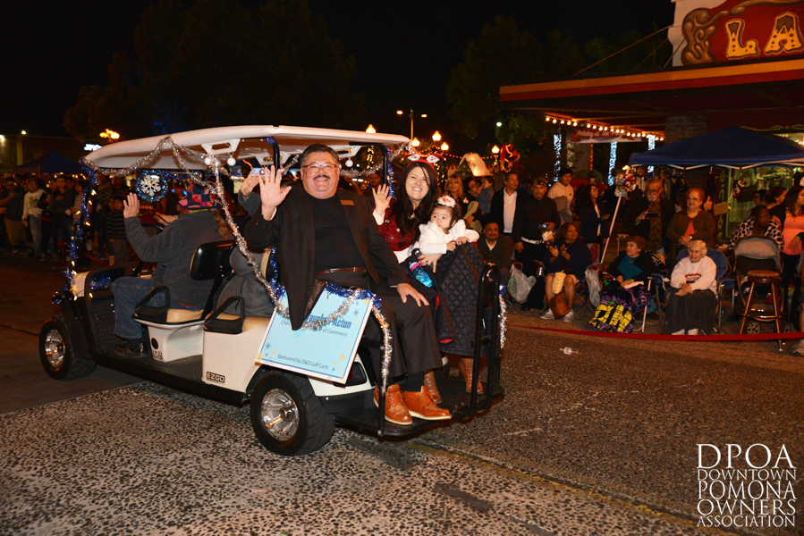 Pomona Christmas Parade 2017DSC_8996 copy.jpg