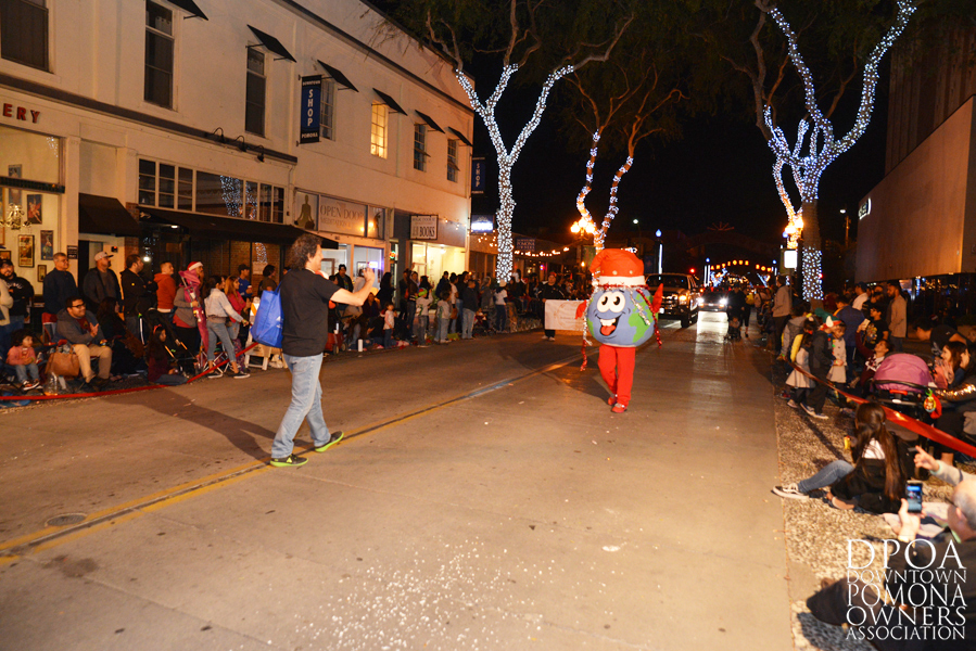 Pomona Christmas Parade 2017DSC_8998.jpg