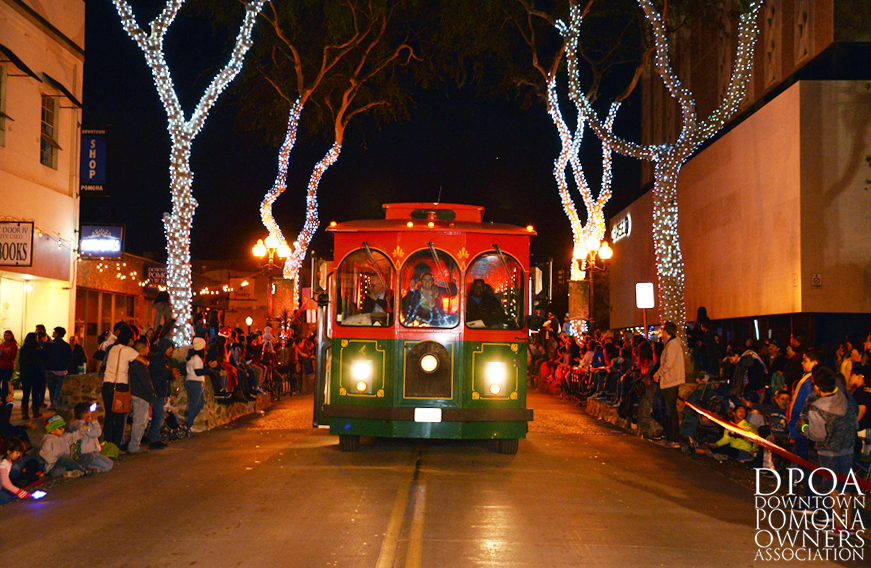 Pomona Christmas Parade 2017DSC_9048 copy.jpg