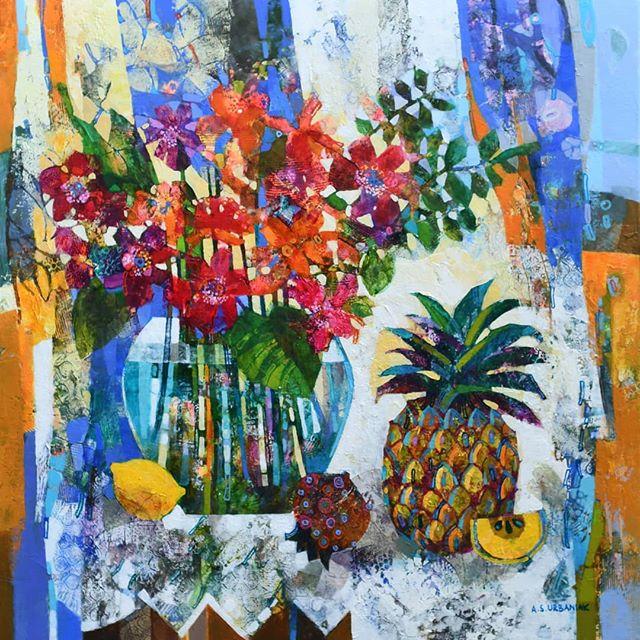 This vibrant #stilllife by Polish artist #alicjaurbaniak is on its way to the gallery. The joyful painting measures 60 cm x 60 cm.  #contemporarypolishart #scottishartgallery #knockgallery  #joyfulpainting #vibrantart #stilllifepainting #stilllifewithpineapple