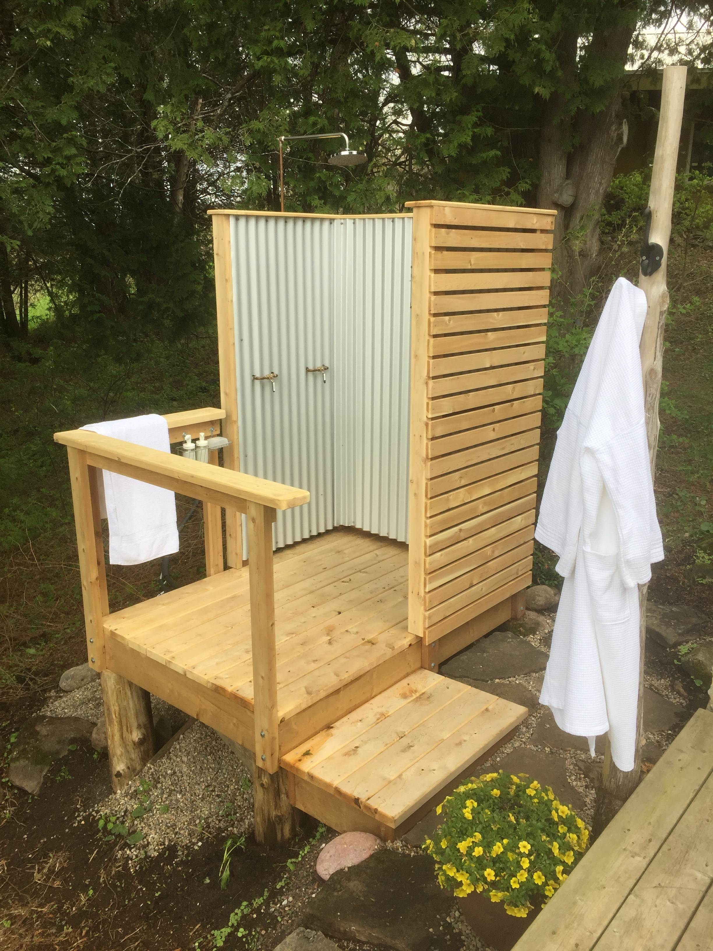 Panoramic, Outdoor Hot Shower