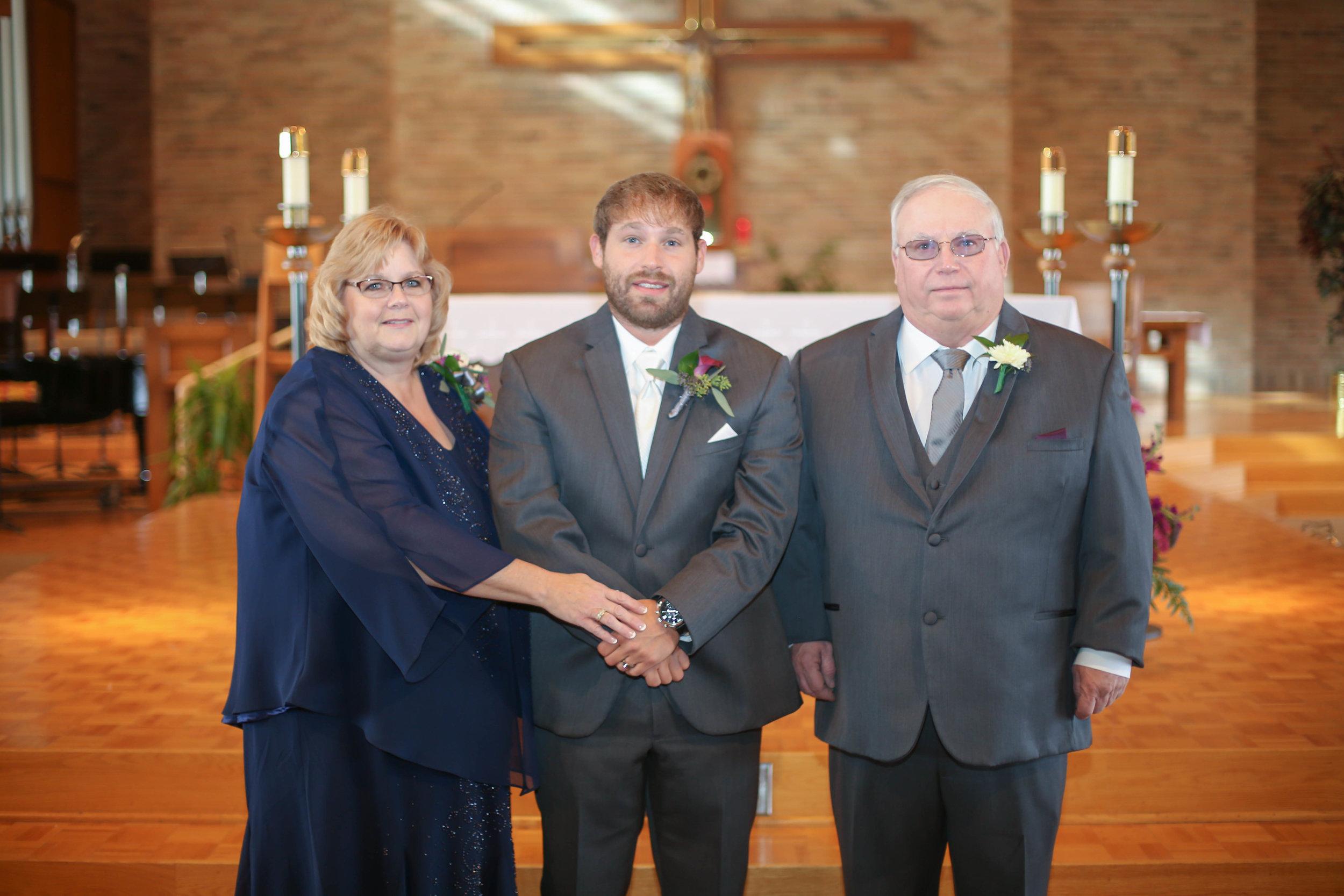Jason and Lindsey's Wedding-212.jpg