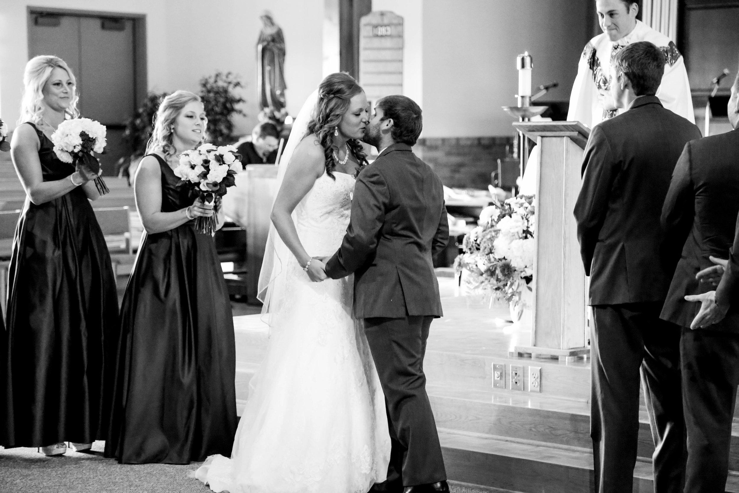 Jason and Lindsey's Wedding-294.jpg