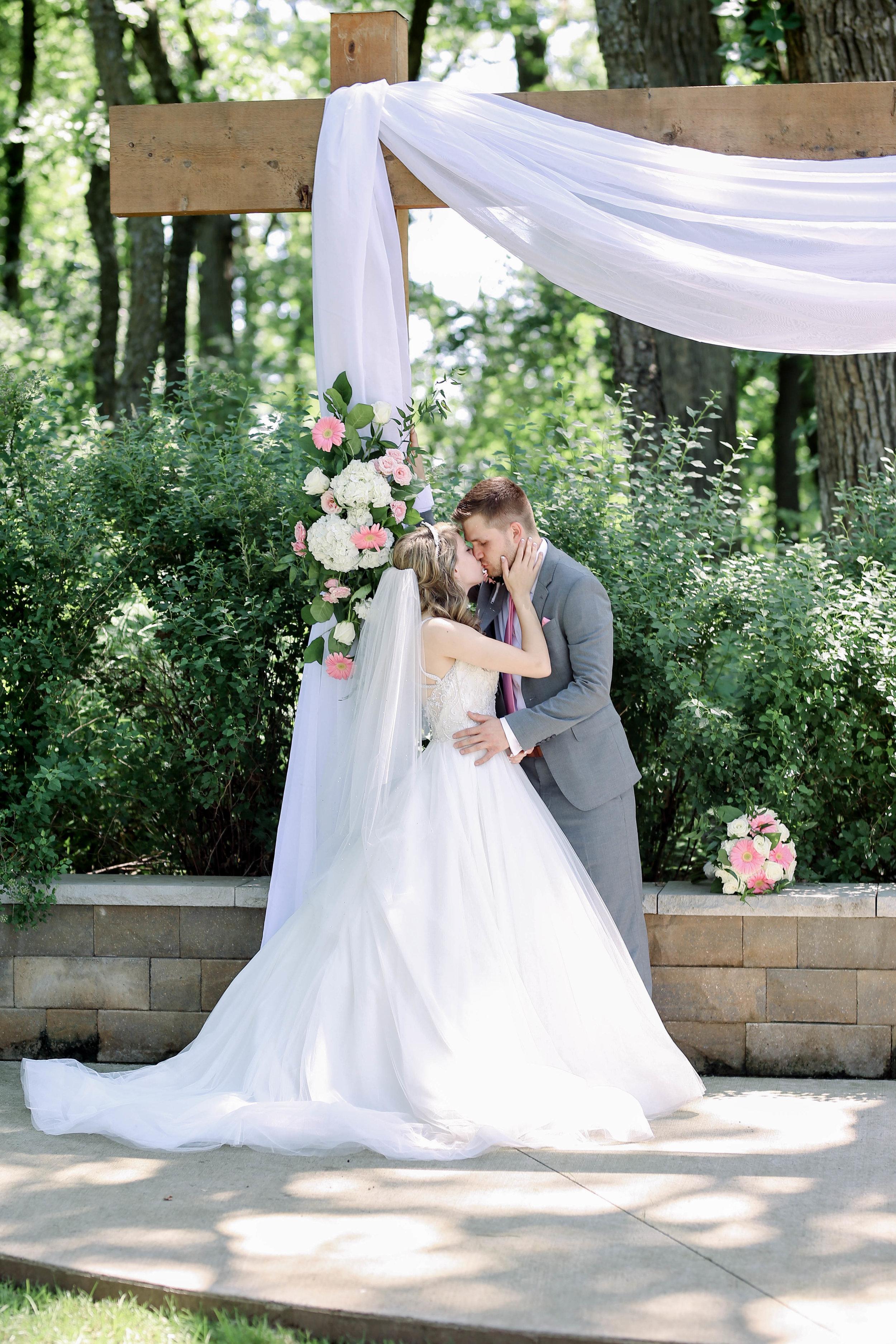 Alex and Kristen's Wedding (437 of 721).jpg