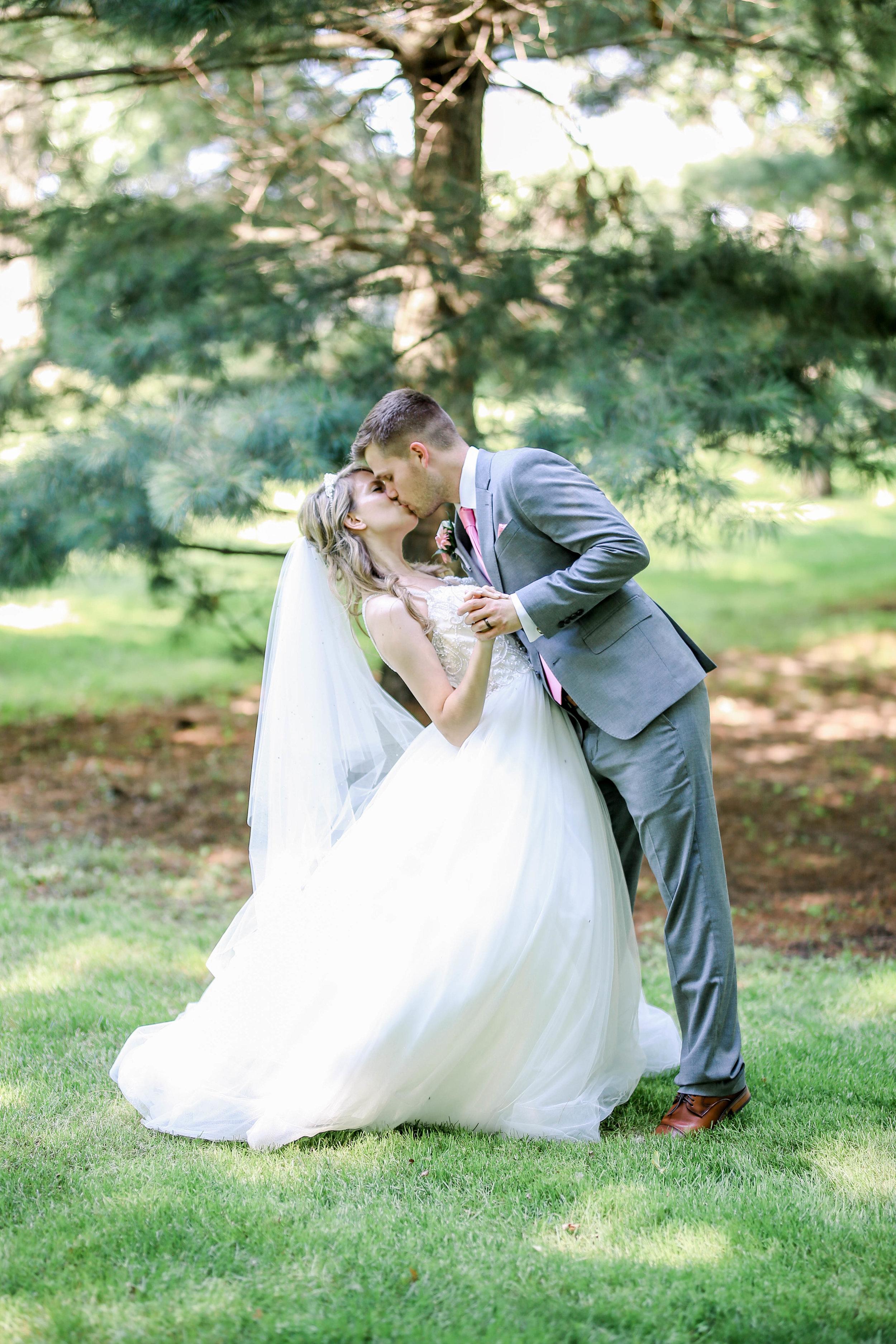 Alex and Kristen's Wedding (579 of 721).jpg
