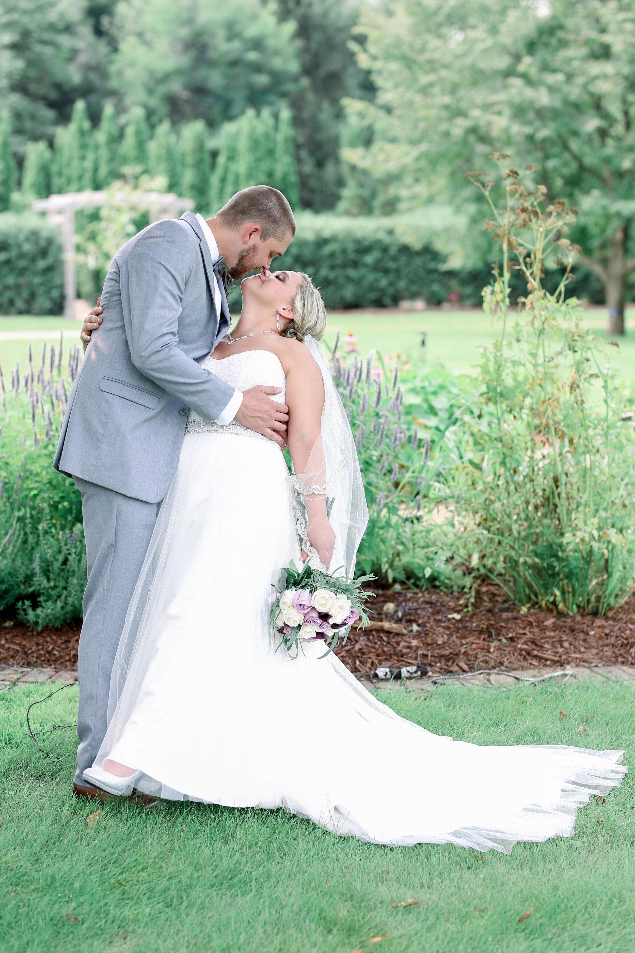 Nathan and Bobbi's Wedding (162 of 543).jpg