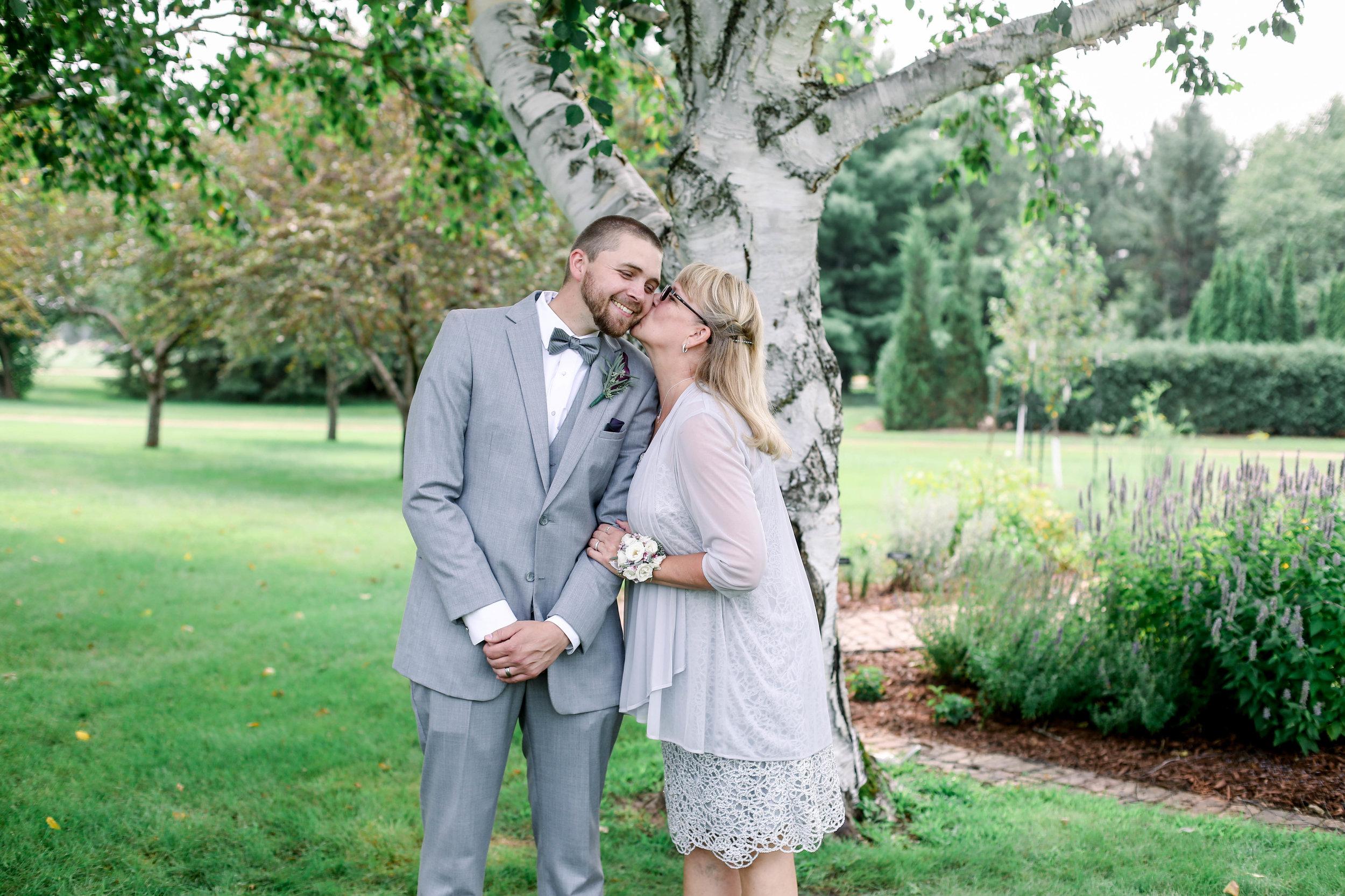 Nathan and Bobbi's Wedding (398 of 543).jpg