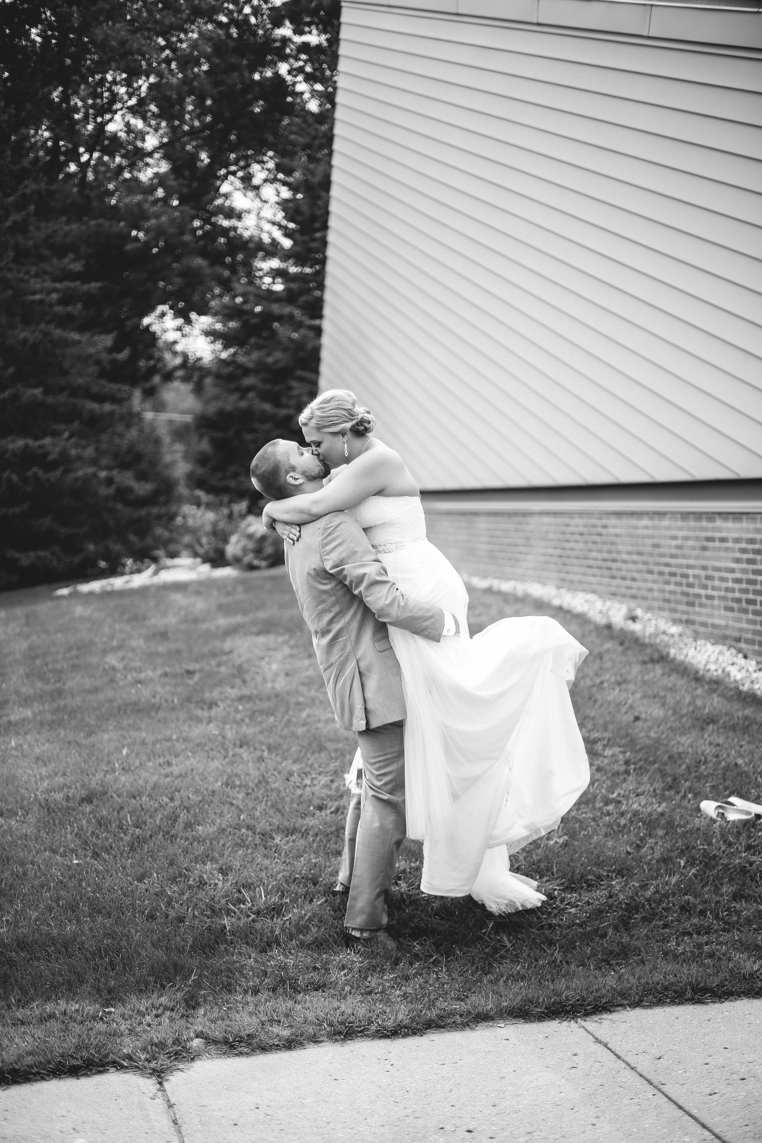 Nathan and Bobbi's Wedding (541 of 543).jpg