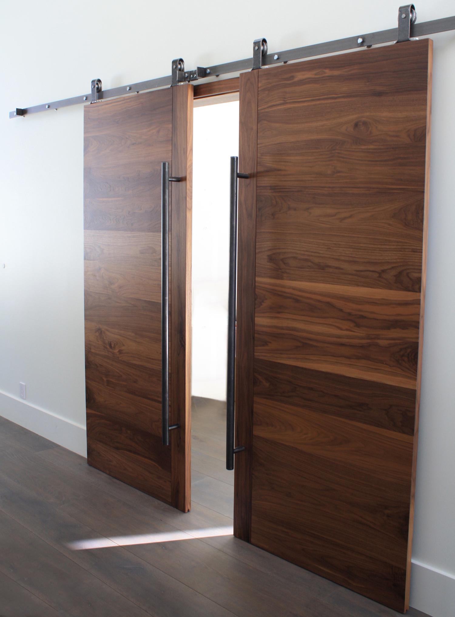 Wood_Iron_Door.jpg