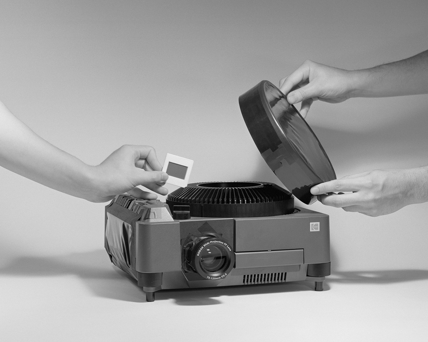 Adaptation of a Slide Projector into a Camera