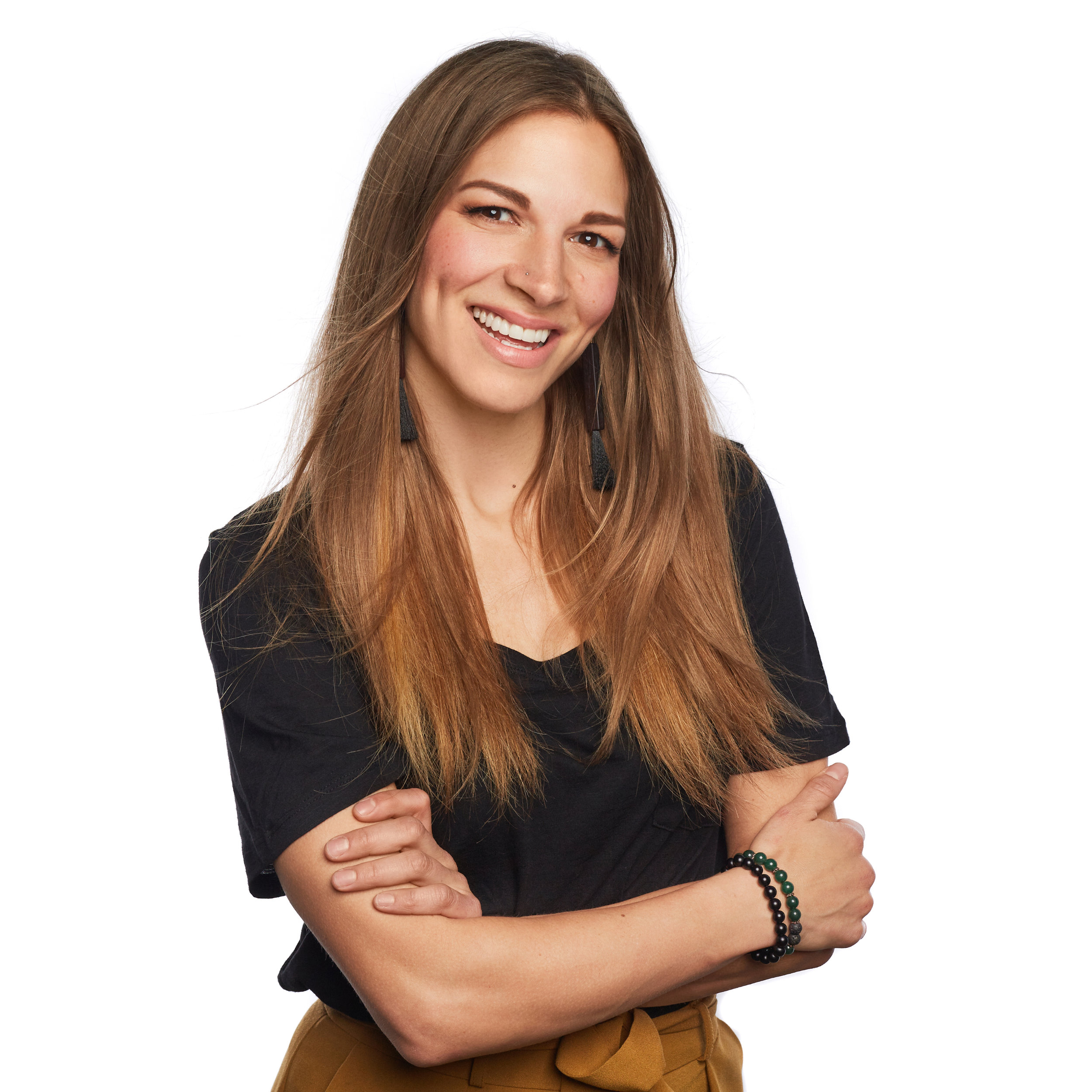 ElleMcAndrews_Profile_FINAL 003.jpg