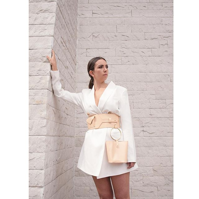 """Ciénaga"" belt in nude 🌾 Complete your look with our belt and it's detachable mini bag 💕new pieces from our new collection INTROSPECTION  #isidoramalva #slowfashion #ootd 📸 @j.osej  Makeup @giu.giu.vibes"