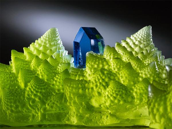 BANNER - Effie Burns, Forest I (detail), Cast glass.jpg
