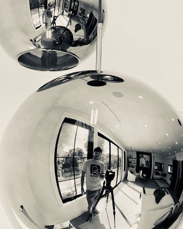 🤣🤣🎥🎥 #losangeles #filming  #tvshow #reflection #mirrorselfie #mirror #lol #bnw #escher