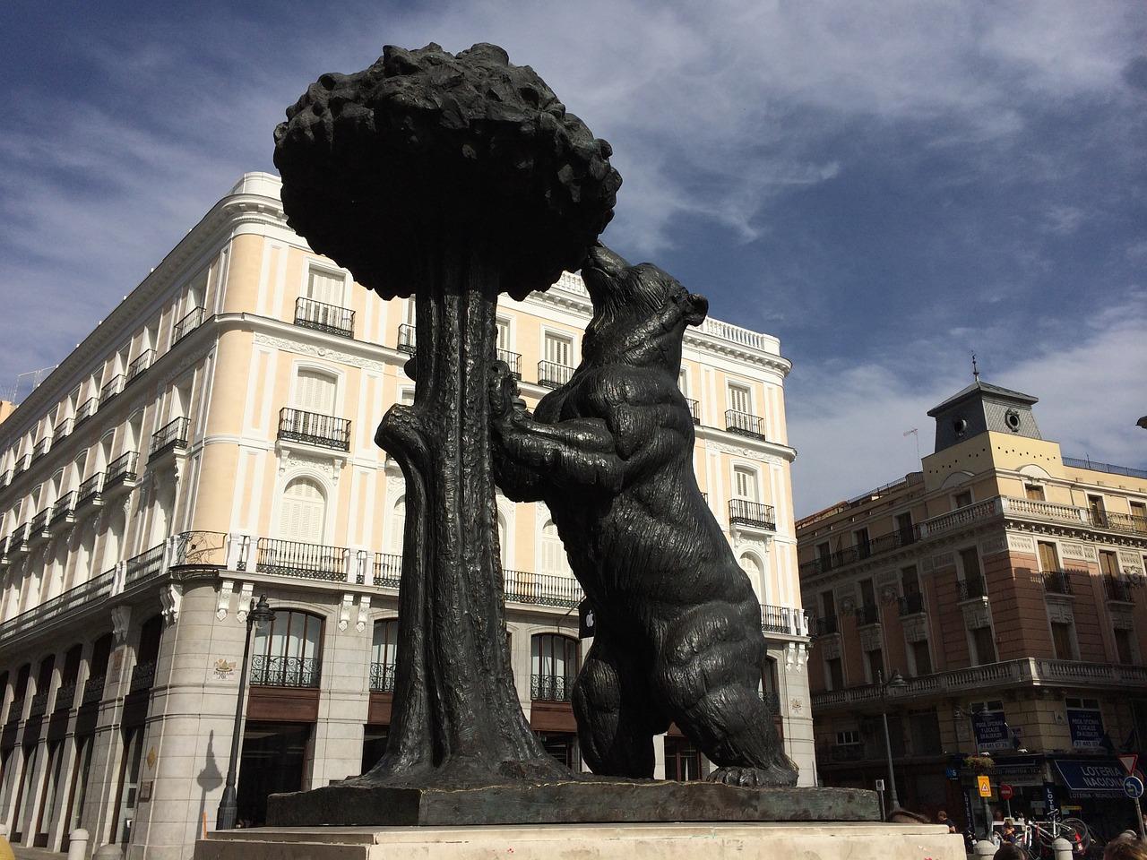 Estátua do Urso Madronho, Madri, Espanha.