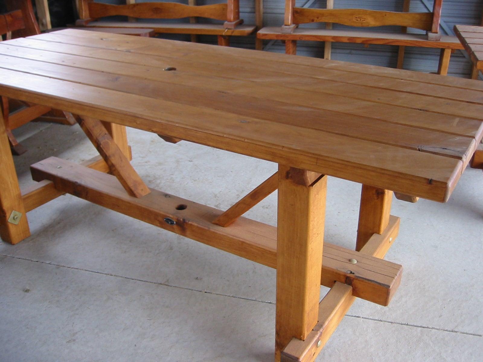 2m Table.JPG