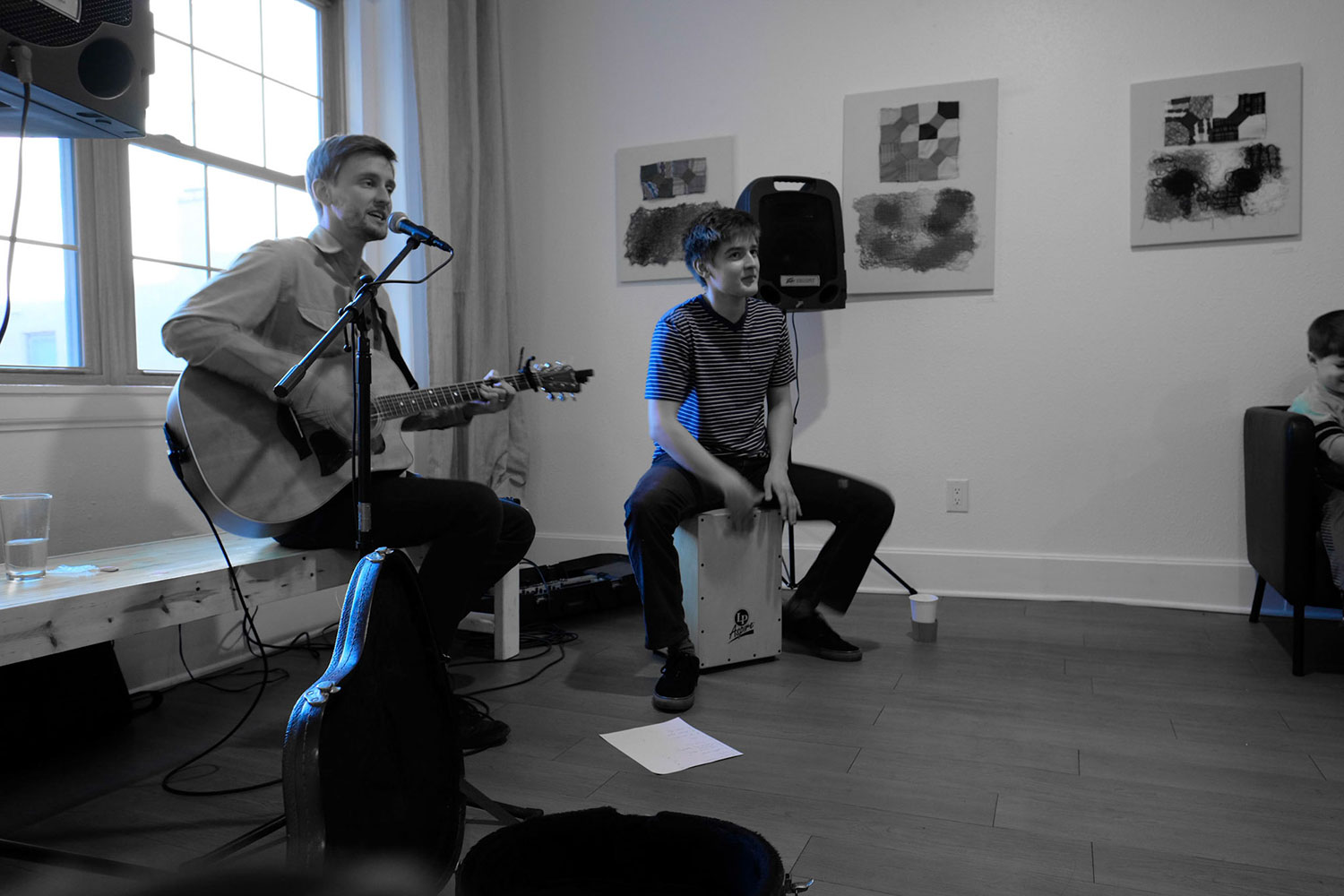 The Wire Frames Acoustic Coffee Shop Show Black and White