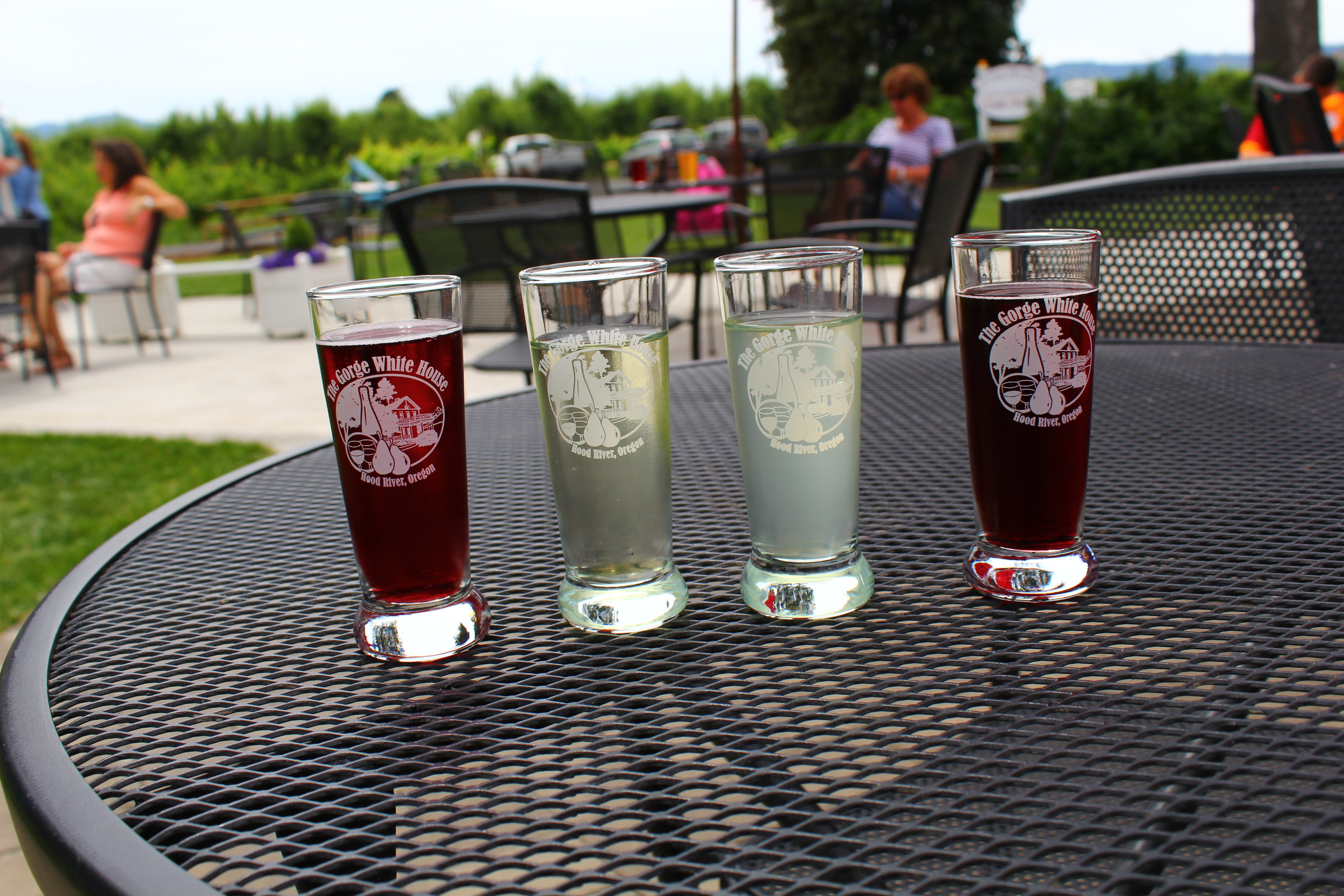 a little cider flight at the gorge white house