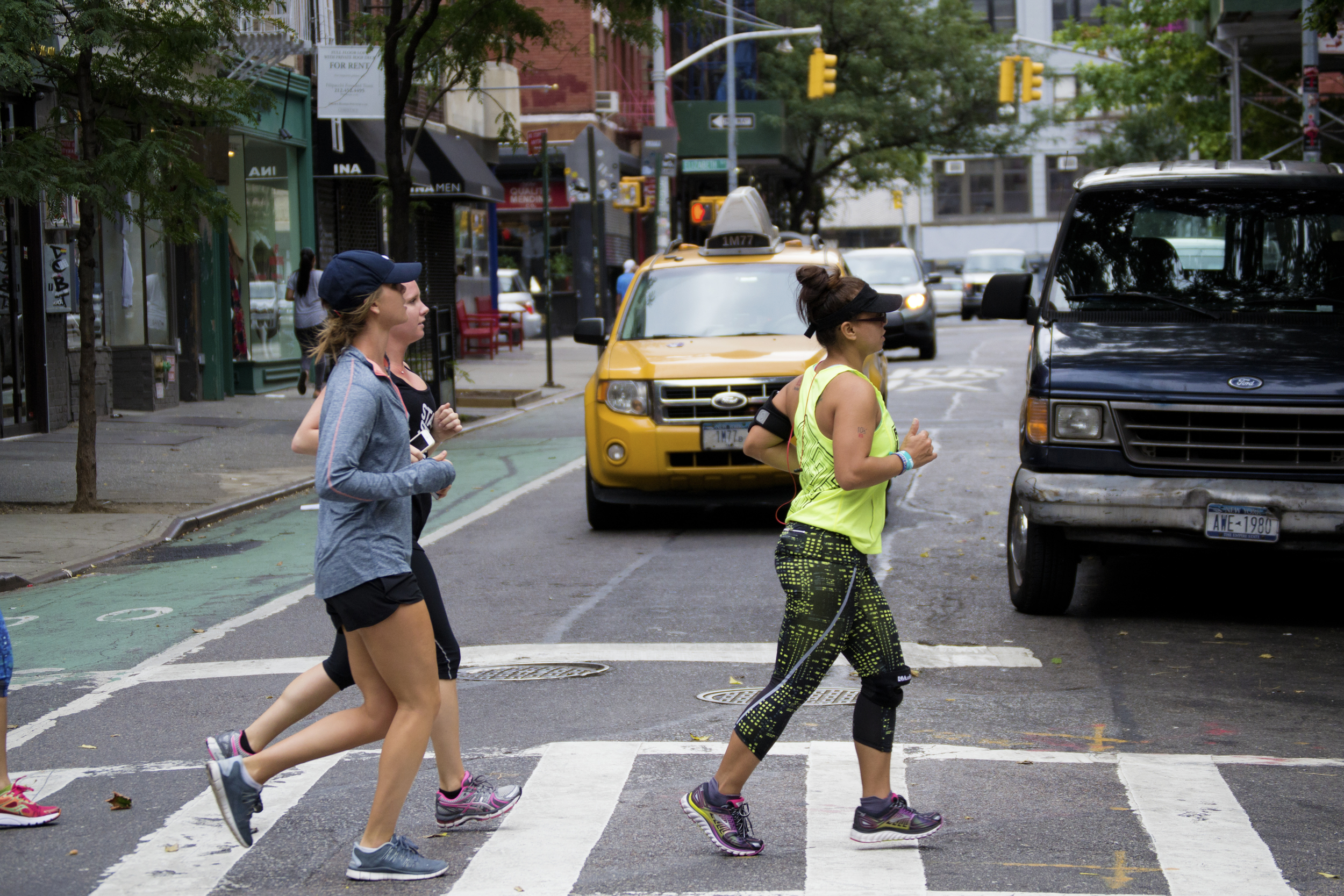 runners-nye-streets-cab-Runstreet