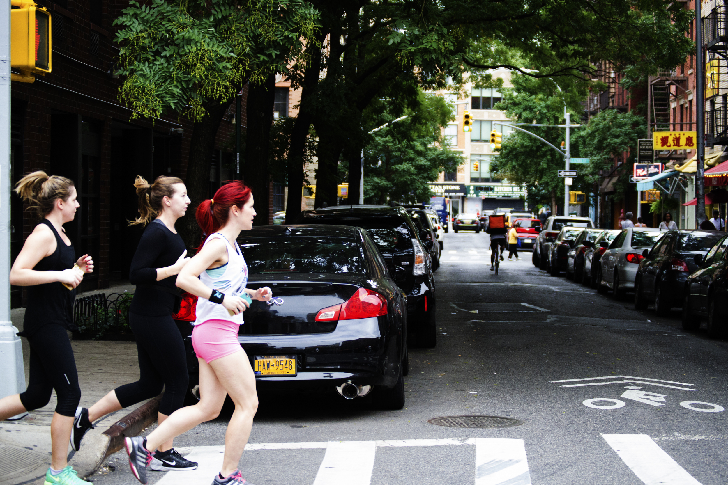 women-runners-nyc-runstreet