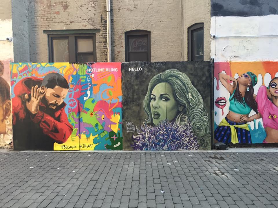 Photo by  Filles Garcons . Mural at  First Street Green Art Park .