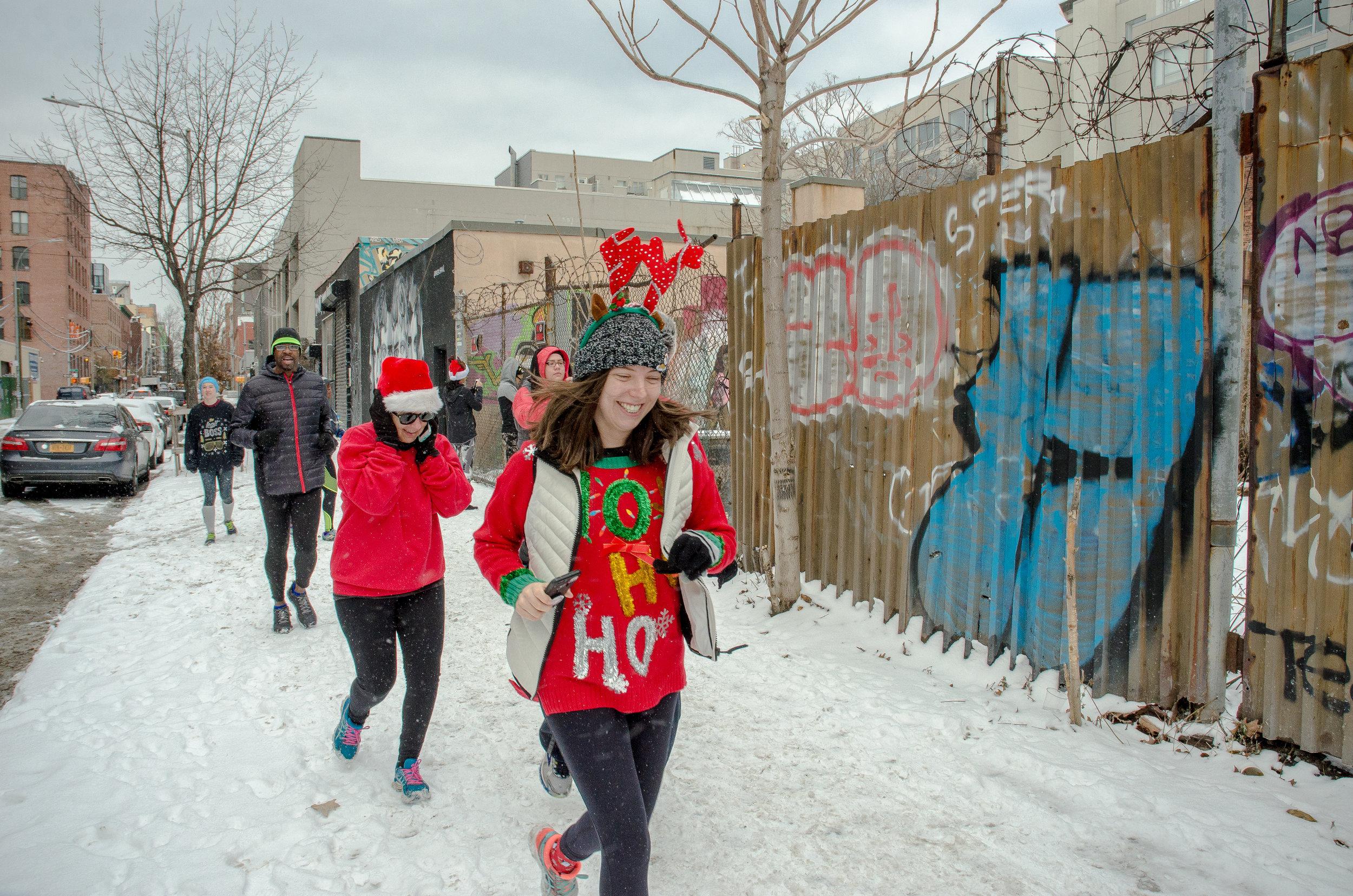 Runstreet Holiday Art Run-8108-2.jpg
