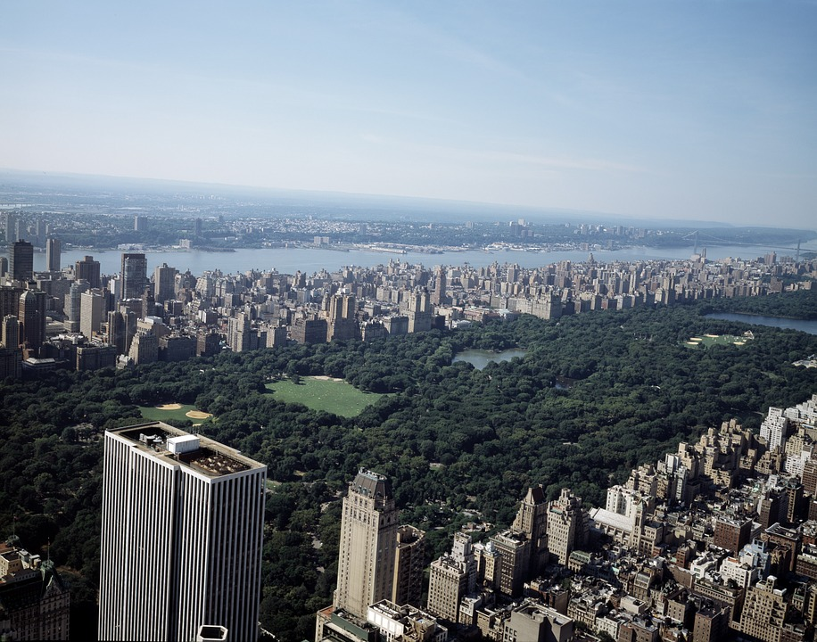 NYC's Central Park offers a classic scenic run.