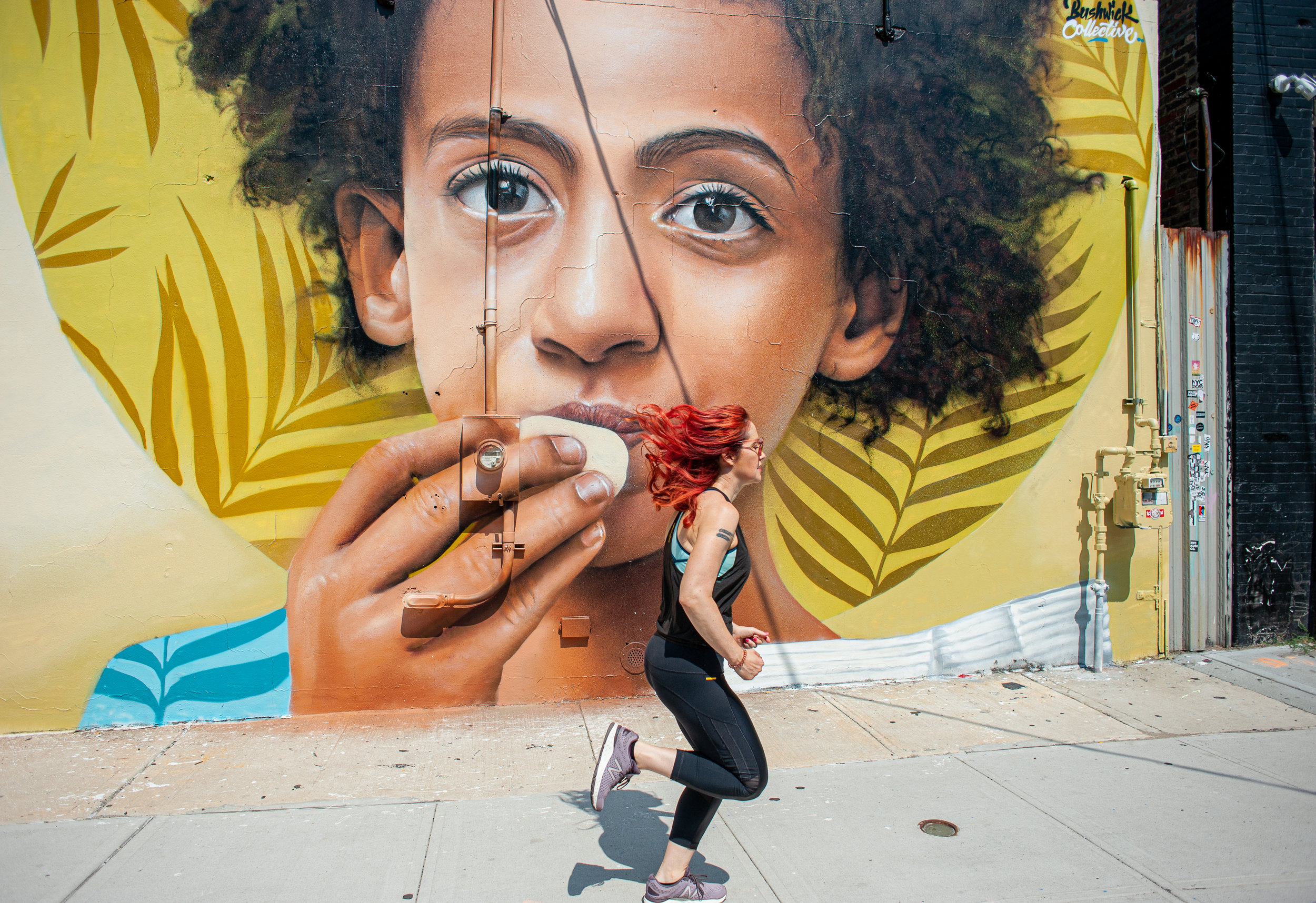 Photo by  Marques Jackson  at Bushwick Collective. Mural by  Roske Loste .