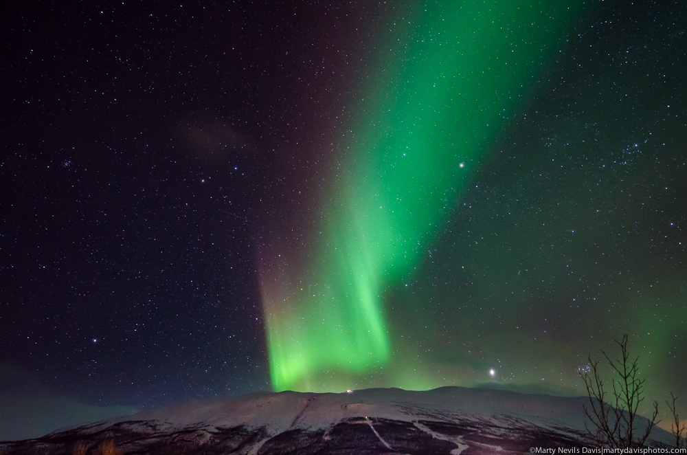aurora over the sky station LR-4499.jpg