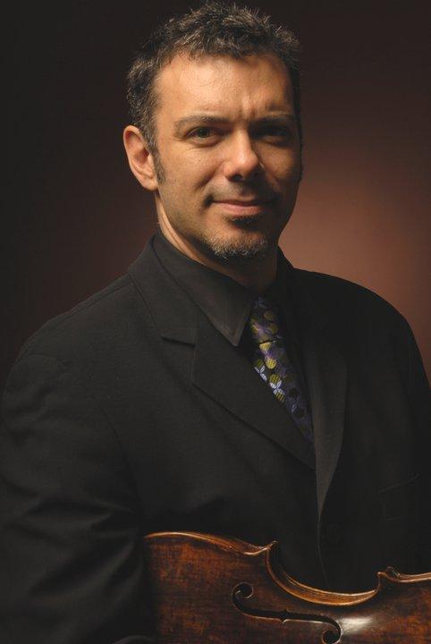 Daniel Elyar, viola