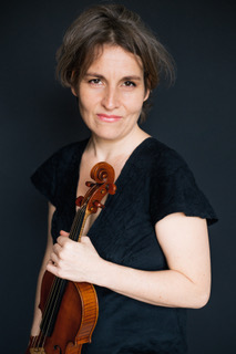 Theresa Salomon, violin